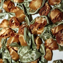 Ribbon Roses - Large - Old Gold