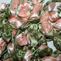 Ribbon Roses - Large - Pale Peach