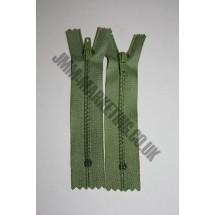 """Nylon Zips 6"""" (15cm)- Light Green"""
