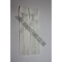"""Nylon Zips 22"""" (56cm) - Ivory"""